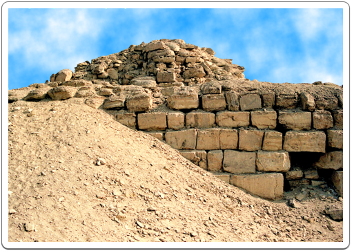 The remains of the pedestal building onto which the obelisk was built. Together, they rose to a height of 56 metres, higher than Niuserre's pyramid.
